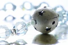 Armband aus Perlen