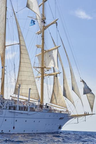 "Sailing with ""star flyer"""